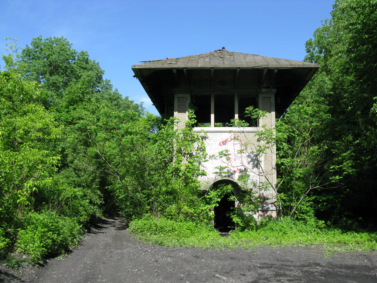 Greendell-Tower.JPG