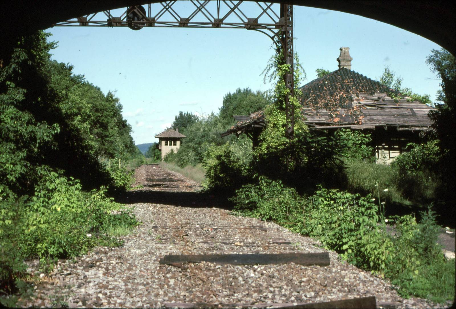 greendell-station-1988.jpg