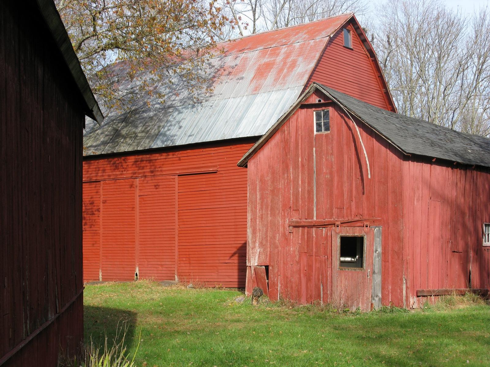 Calno House Barns.jpg