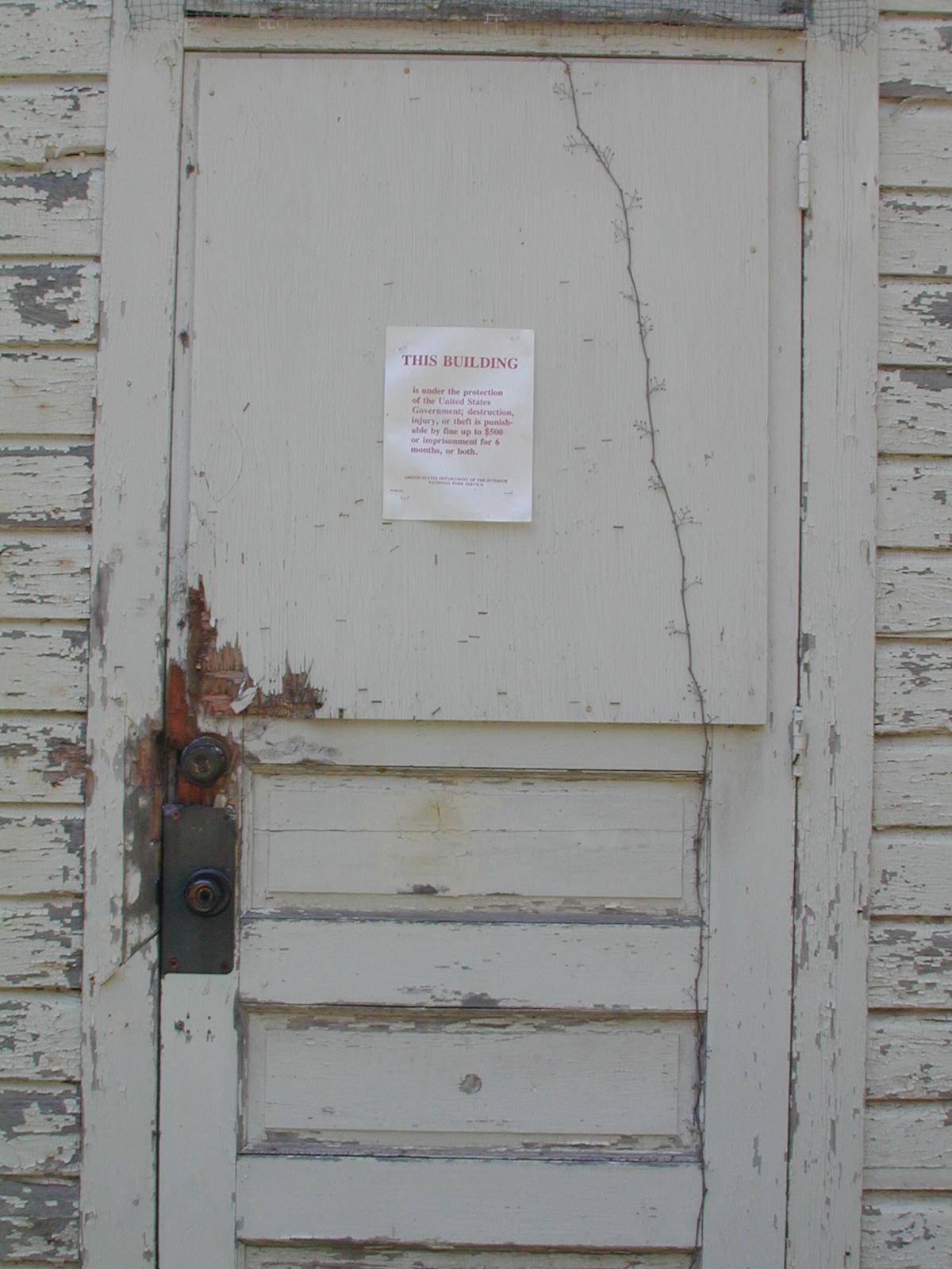 Calno schoolhouse, park service notice