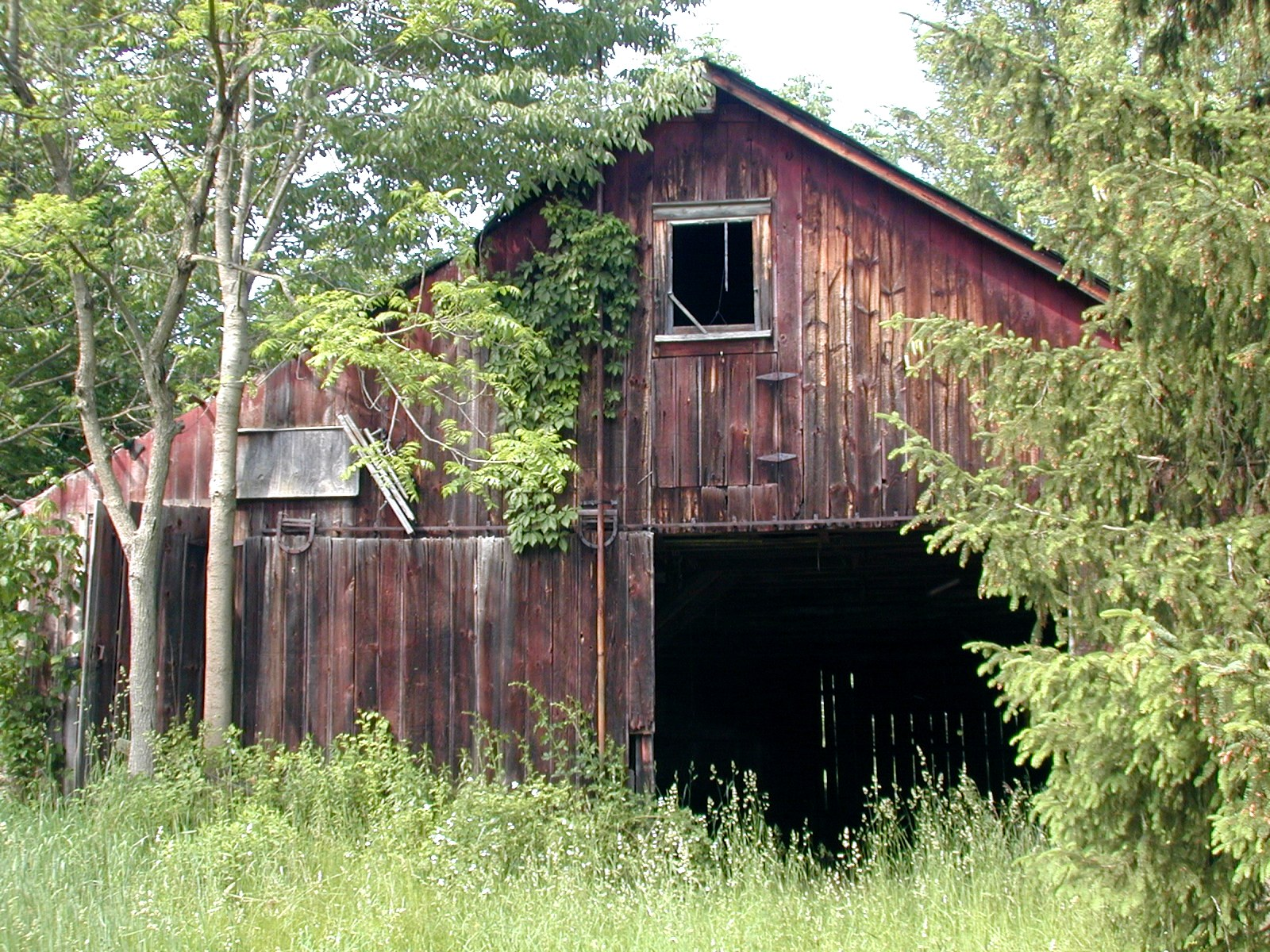 Third unknown house, third barn