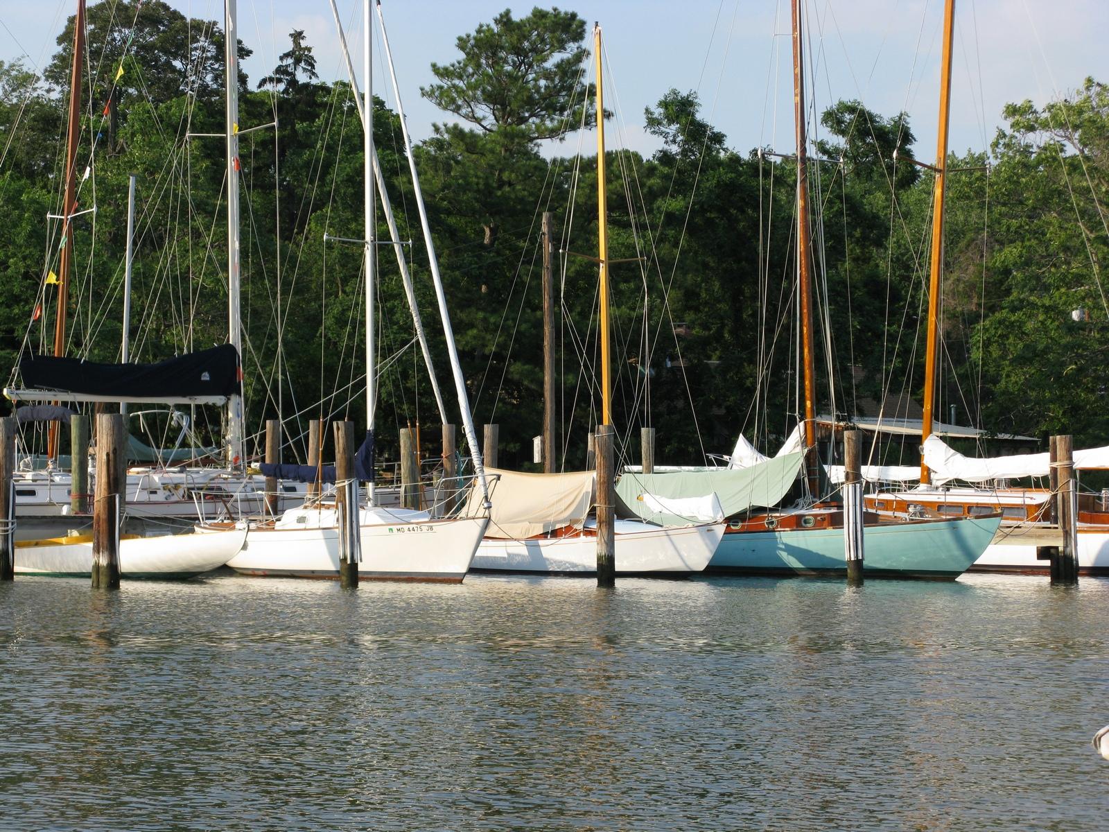 Hinckley_Yard_Yachts_1600x1200.jpg