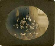 Group photo on Hampden Ave., ca. 1900