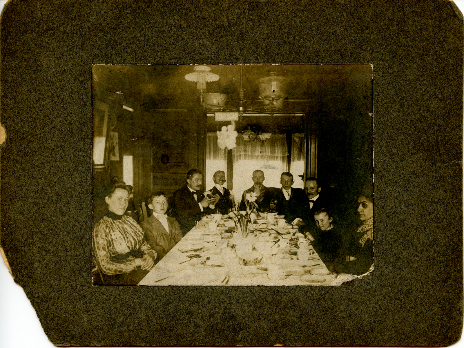 sac-louis-dinner-1900_large