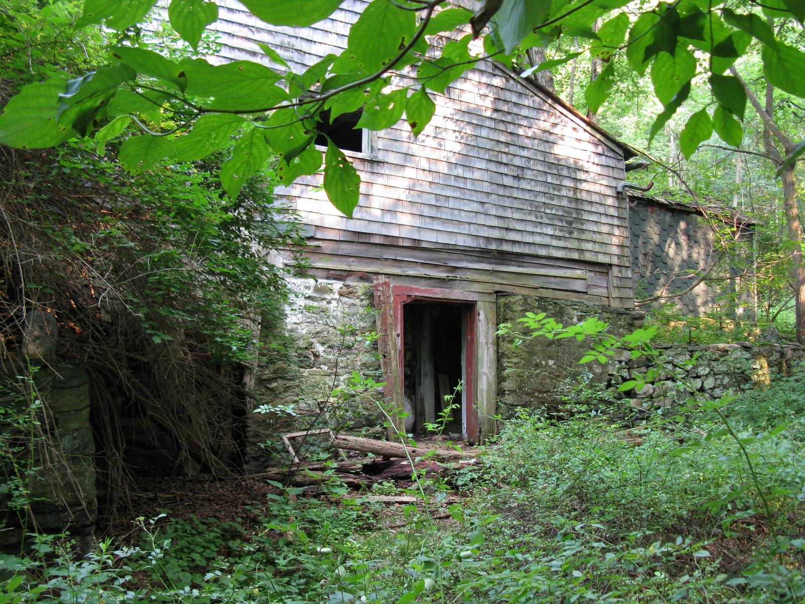 old_dingmans_road-farmhouse.jpg