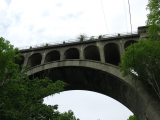 Paulinskill Viaduct span over Station Road
